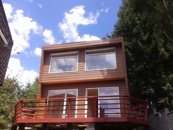 Hotel Pictures: Cabañas Lago Ranco, Lago Ranco