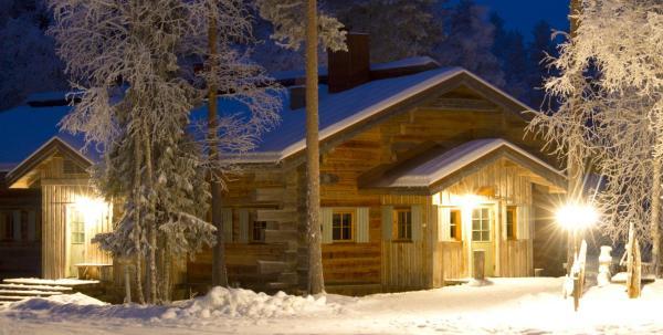 Hotel Pictures: Arctic Circle Wilderness Lodge, Vikajärvi