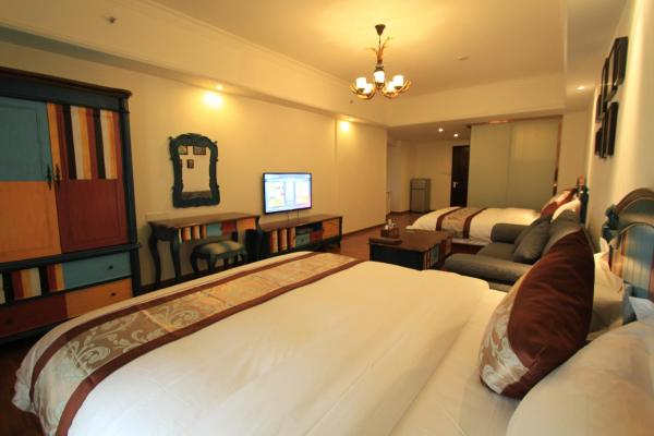 Mainland Chinese Citizens- Deluxe Twin Room