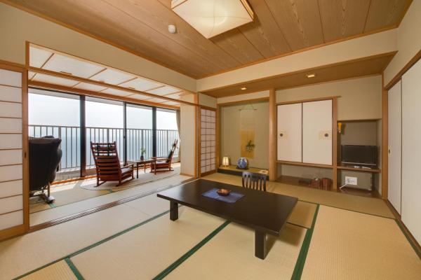 Superior Japanese-Style Room with Bathroom