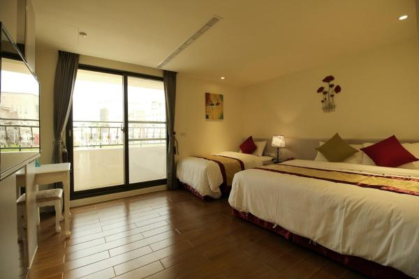 Triple Room with Balcony