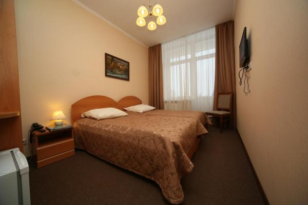 Standard Twin Room with Treatment