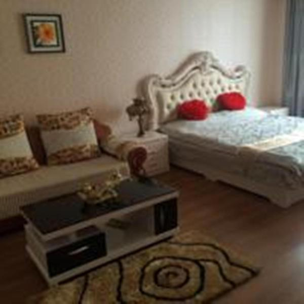 Hotel Pictures: Love Theme Apartment Xinhua Branch, Fushun
