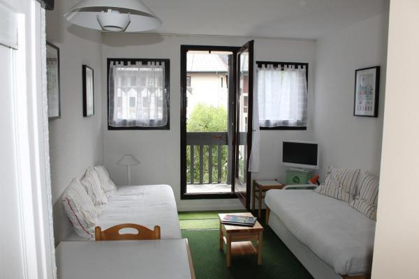 Studio Apartment 306 A