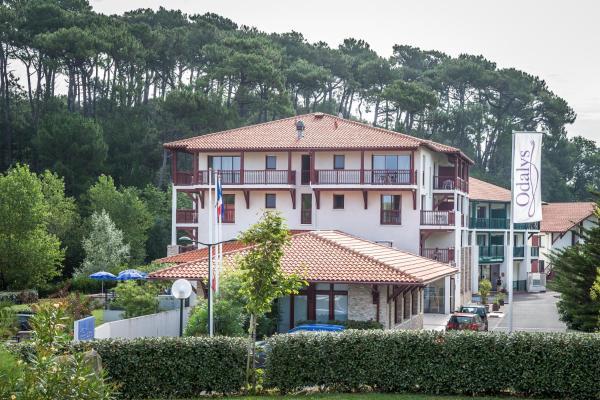 Hotel Pictures: Odalys Hôtel Erromardie, Saint-Jean-de-Luz