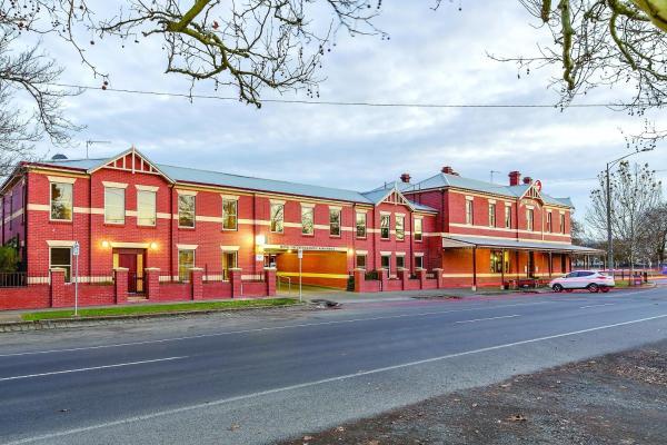 Hotellikuvia: Lake Inn - Ballarat, Ballarat