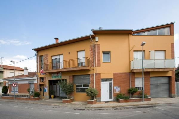 Hotel Pictures: , Olot