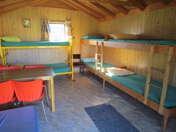 Dormitory Room (6 Adults) - #14