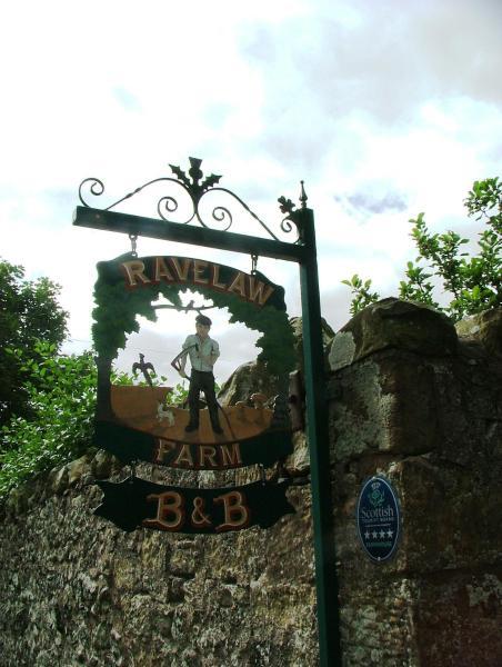 Hotel Pictures: Ravelaw B&B, Swinton
