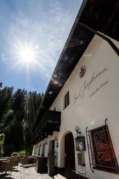 Hotellikuvia: Waldhotel Bad Jungbrunn, Tristach
