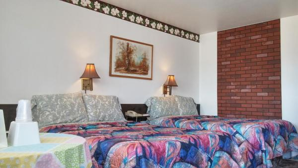 Double Room with Two Double Beds - Upper Floor - Non smoking