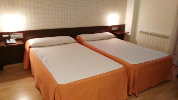 Hotel Pictures: Hotel Alfageme, Trobajo del Camino