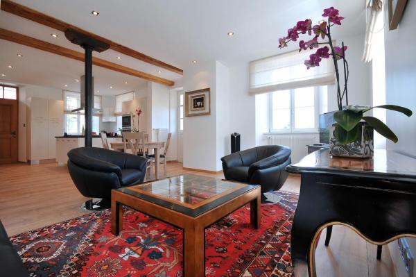 Two-Bedroom Apartment with Terrace - Les Remparts