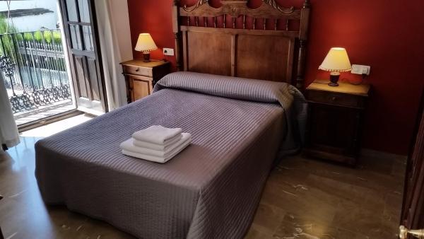 Three-Bedroom House - Calle Tenorio, 27