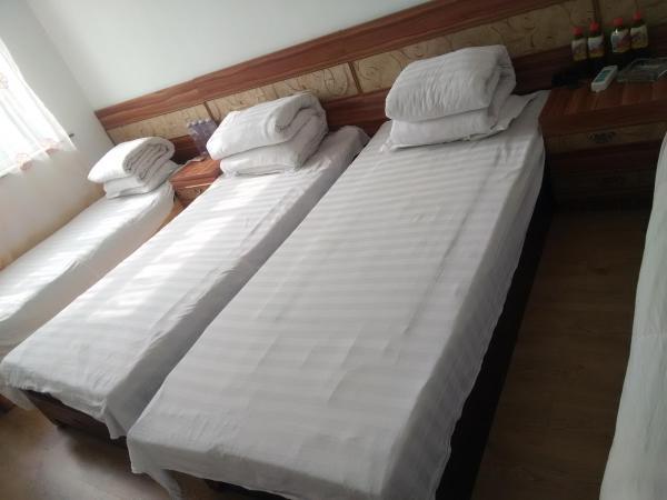 Hotel Pictures: Dalishu Renhe Hostel, Fengcheng