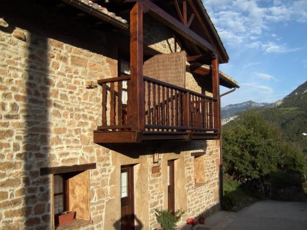 Hotel Pictures: Los Cascayos, Abantro