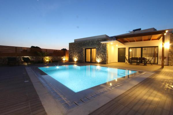 Deluxe Villa with Private Pool - Juliette