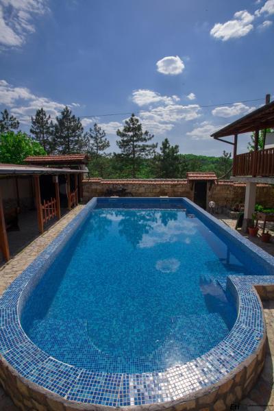 Фотографии отеля: Semeen Hotel Valdes, Bozhichen
