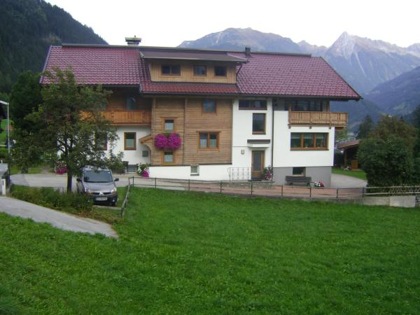 Foto Hotel: Haus Sonnegg, Finkenberg