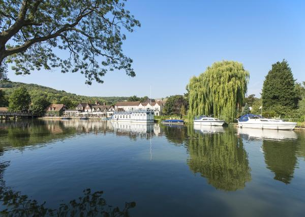 Hotel Pictures: Swan At Streatley, Streatley