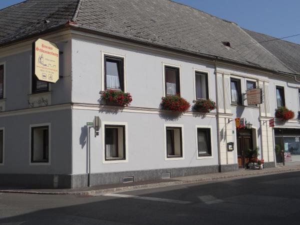 Hotelbilleder: Schlummerburg, Weißkirchen in Steiermark