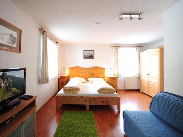 Hotellikuvia: Apart am Brunnen, Ried im Oberinntal