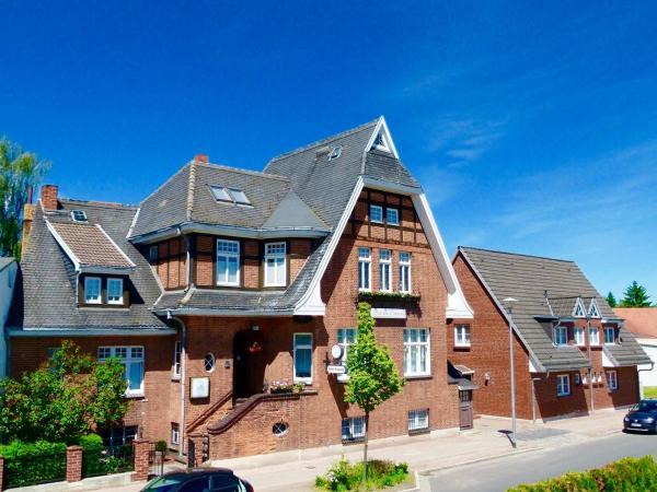 Hotelbilleder: Hotel & Pension Villa Camenz, Güstrow