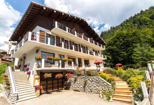Hotel Pictures: Hôtel Flor'Alpes, La Giettaz