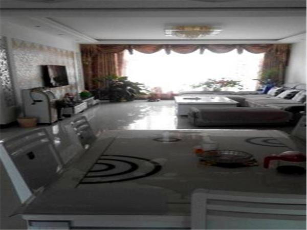 Hotel Pictures: Ejin Huyang Garden Homestay, Ejin
