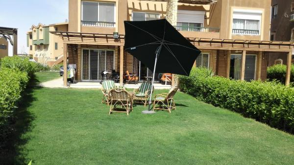Hotel Pictures: Three-Bedroom Chalet at Marina Wadi Degla, Ain Sokhna