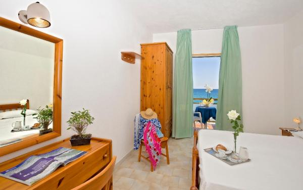 Single Room with Balcony and Sea View