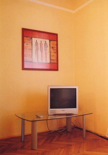 Studio - 1056 Nyari Pal u. 3.