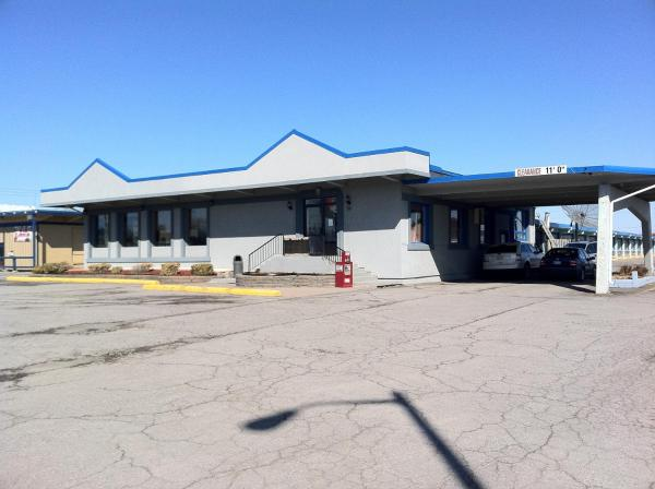 Hotel Pictures: Travelers Inn, Belleville