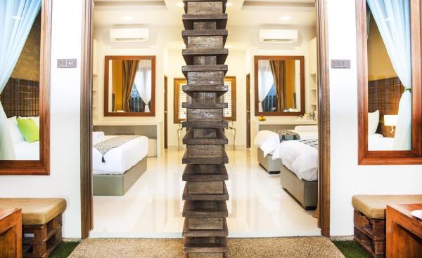 Terrace Deluxe King Room