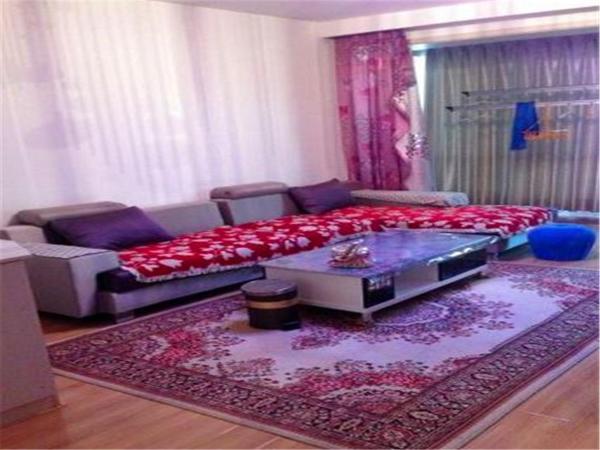 Hotel Pictures: Ejin Huyang Fengqing Homestay, Ejin