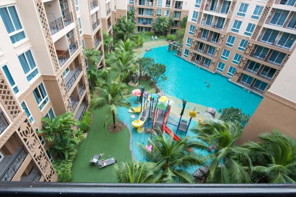 Apartment with Playground View