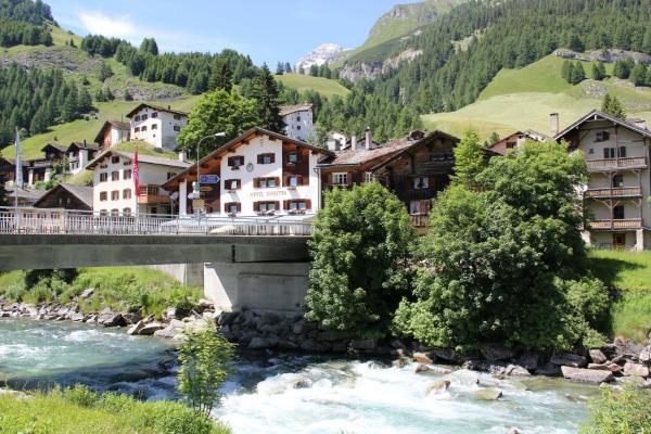 Hotel Pictures: Hotel Suretta, Splügen