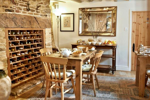 Hotel Pictures: , Bampton