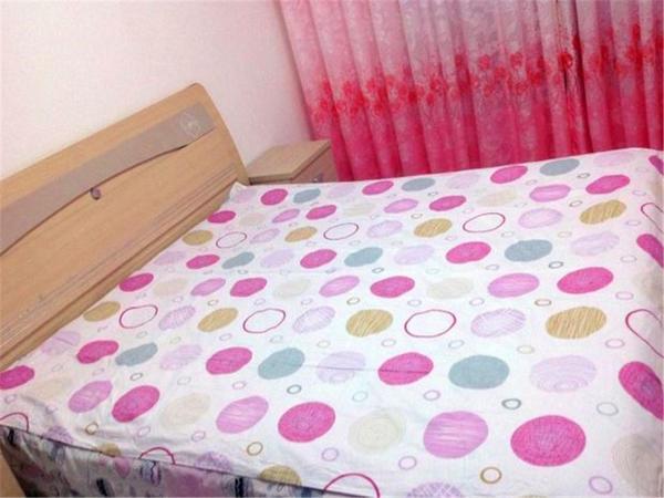 Hotel Pictures: Ejin Zuimeihuyangjie Homestay, Ejin