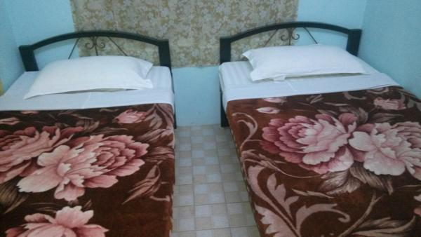 Standard Twin Room with Shared Bathroom - Domestic Only