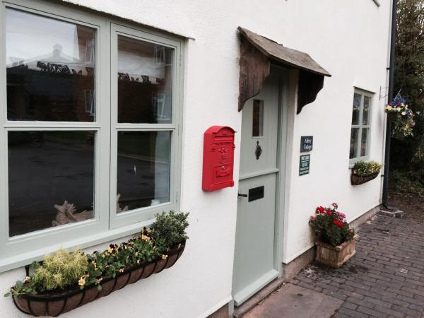Hotel Pictures: Abbey Cottage, Tewkesbury