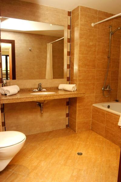 One-Bedroom Apartment - Annex Building