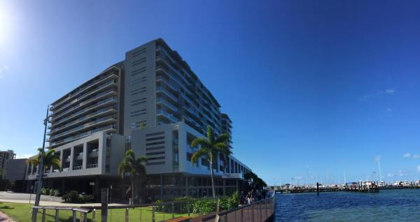 Foto Hotel: Cairns Luxury Apartments, Cairns