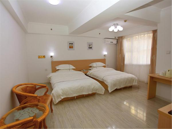 Hotel Pictures: Da Lian Dong Bei Ming Zhu Hotel, Jinzhou
