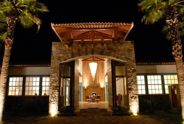 Hotel Pictures: Lake Villas Charm Hotel, Amparo