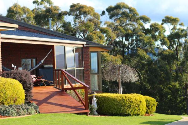 Fotos do Hotel: Bed and Breakfast @21, Ulverstone