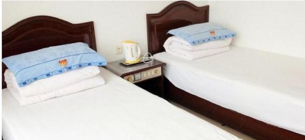 Hotel Pictures: Honglv Inn, Pingshan