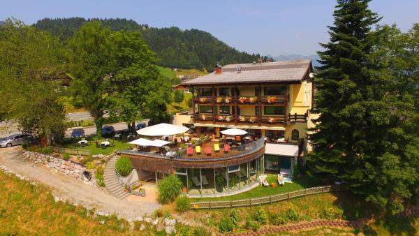 Foto Hotel: Naturhotel Taleu, Bürserberg