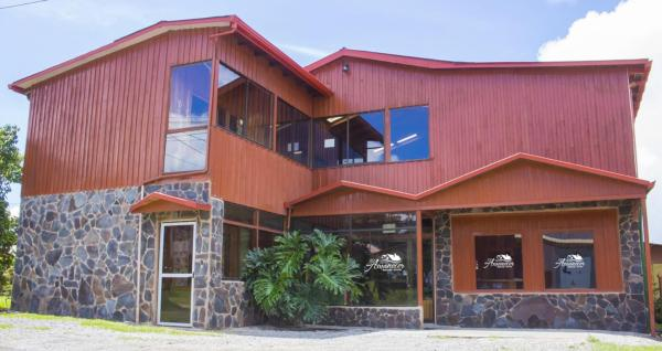 Hotel Pictures: Hotel El Amanecer, Monteverde