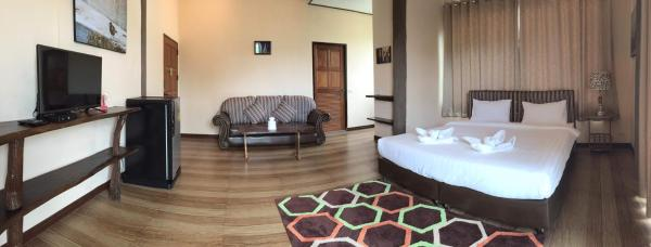 Deluxe Double Room with Balcony D31